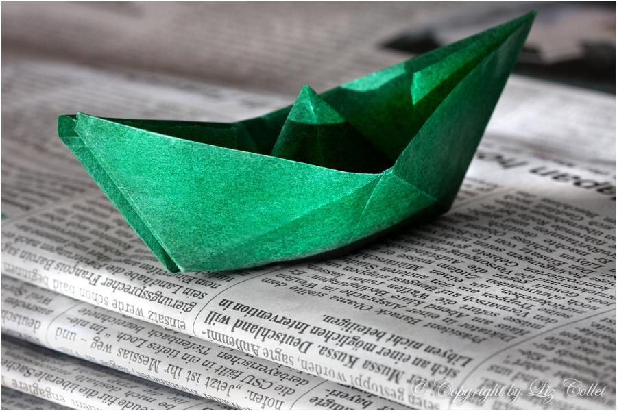 Ökopublisher, Publisher, grün, Papier, Medium, Print, Papier falten, Schiff, Kurs