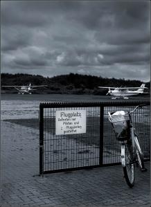 Airport © Liz Collet