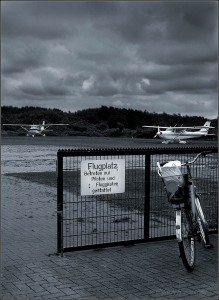 Airport © Liz Collet