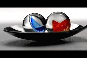 Balance © Liz Collet,Balance © Liz Collet,Marbles, Glass, Toys, Murmeln, Schusser, Glaskugeln, Glasmurmeln, Meditation, meditativ, Glasperlen, blau, blue, Wasser, Aqua, ausgewogen, Waage, Waagschale, Klarheit, Transparenz, Dialog, Paar, Duo, Kommunikation, Gespräch, Nähe, paarweise, Duett,Wellness, Marbles, Glass, Toys, Murmeln, Schusser, Glaskugeln, Glasmurmeln, Meditation, meditativ, Glasperlen, blau, blue, Wasser, Aqua, Ruhe, Ruheposition, Ausgeglichenheit, ausgeglichen, ausgewogen, Waage, Waagschale, Klarheit, Transparenz, Dialog, Paar, Duo, Kommunikation, Gespräch, Gegensätze, paarweise, Duett, Nähe, Gemeinsamkeit, Unterschiede, Team, Teamwork, Teamarbeit, zwei, Verbindung, Verbundenheit, gläsern, Durchsicht, Durchblick,Coaching, Coach, Coachee, Augenhöhe, auf gleicher Ebene, ebenengleich, Waage, in der Waage, ebenbürtig, auf gleicher Augenhöhe, Balance, in der Balance, Entscheidungsfindung, Entscheidungsprozess, Entscheidungsfindungsprozess, Mediation, Gleichgewicht, Ausgeglichenheit, innere Ausgeglichenheit, Klarheit, Klärung, Transparenz, Durchsicht, Duo, Duett, Partner, Paar, Gegenüber, Partner, Partnerschaft, Glaskugeln, gläsern, transparent, Team, Teamwork, Symbiose, Kooperation, Zusammenarbeit, Murmeln, Glasmurmeln, Schusser, Spielzeug, sanft, Lichtschimmer, sanftes Licht, grün, blau, türkis, Hoffnung, Loyalität, hoffen, Treue, Vertrauen, meerblau, Symbolik, Symbol, Metapher, Entspannung, Meditation, meditativ, Ruhe, Stille, Wellness,
