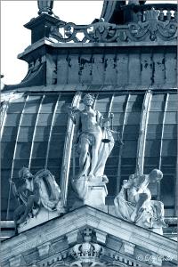 Justizpalast © Liz Collet, schutz, waage, bayern, blau, himmel, symbol, architektur, statue, tor, ausblick, fassade, fenster, figuren, pforte, zugang, streit, bayerisch, richter, vertrag, beratung, gegner, münchen, bibliothek, literatur, wissenschaft, portal, perspektive, urteil, vorschriften, gesetz, verschlossen, aufwärts, himmelwärts, recht, gericht, hoffnung, klassizistisch, metapher, seiten, anwalt, rechtsstreit, klage, schwert, monochrom, kein zugang, justizia, justiz, gerechtigkeit, gebäude, klassizismus, paragraphen, oberlandesgericht, justizpalast, bgb, prozess, justitia, gerichtsgebäude, verfassung, klagen, rechtsordnung, landgericht, rechtsprechung, lichtschimmer, mandant, rechtsschutz, schlichter, fassadengestaltung, jurist, rechtswissenschaft, gerichtsbarkeit, instanz, justizgebäude, unzulässig, schlichtung, rechtsweg, verfassungsgerichtshof, jus, urteilskraft, zuständigkeit, prozessgegner, zivilgericht, zivilgerichtsbarkeit, instanzenzug , constitution, waage, bavarian, bayern, himmel, sky, symbol, statue, bavaria, munich, pforte, giebel, bayerisch, macht, lions, münchen, sword, court, urteil, state, law, staatssymbol, staat, recht, gericht, löwen, metapher, schwert, monochrom, monochrome, justizia, justiz, gerechtigkeit, justice, oberlandesgericht, metaphor, courthouse, justitia, gerichtsgebäude, verfassung, landgericht, rechtsprechung, state symbol, jurisdiction, judgment, rechtskraft, instanz, district court, justizgebäude, rechtsweg, justice building, constitutional court, rechtswegzugang, verfassungsgerichtshof, letzte instanz, jus, urteilskraft, höchste instanz, instance, justizia justice, litigious, legal power, litigious access, last instance, jus verdict, highest instance , justitia, justizia, jus, recht, rechtsprechung, waage, schwert, urteilskraft, oberlandesgericht, münchen, bayern, rechtsweg, pforte, verfassung, metapher, justiz, justizgebäude, gericht, gerichtsgebäude, verfassungsgerichtshof, bayerisch, symbol, gerechtigkeit, urteil, inst